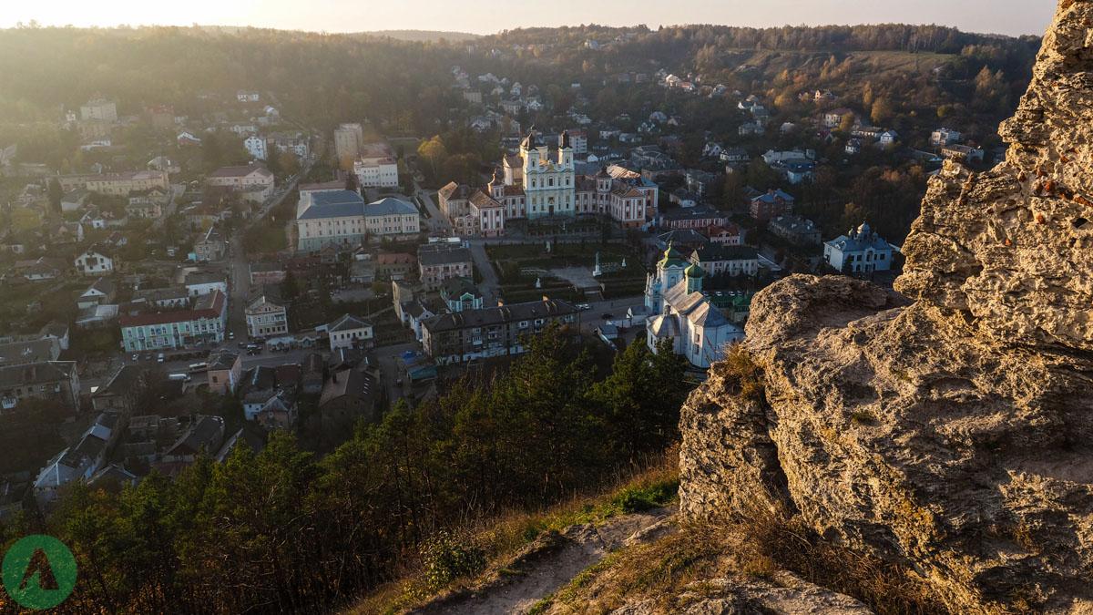 Widok na centrum Krzemieńca ze wzgórza Bony