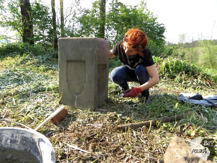 cmentarz skwirtne