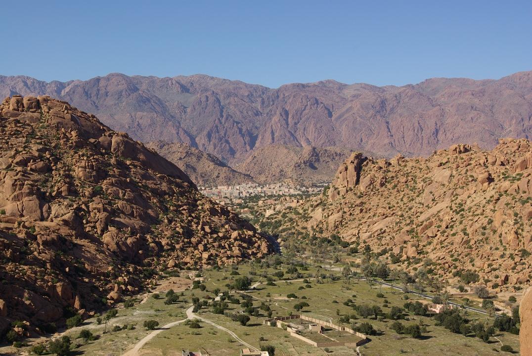 Nietypowe miejsce w Maroko. Tafrawut – skalne wysypisko