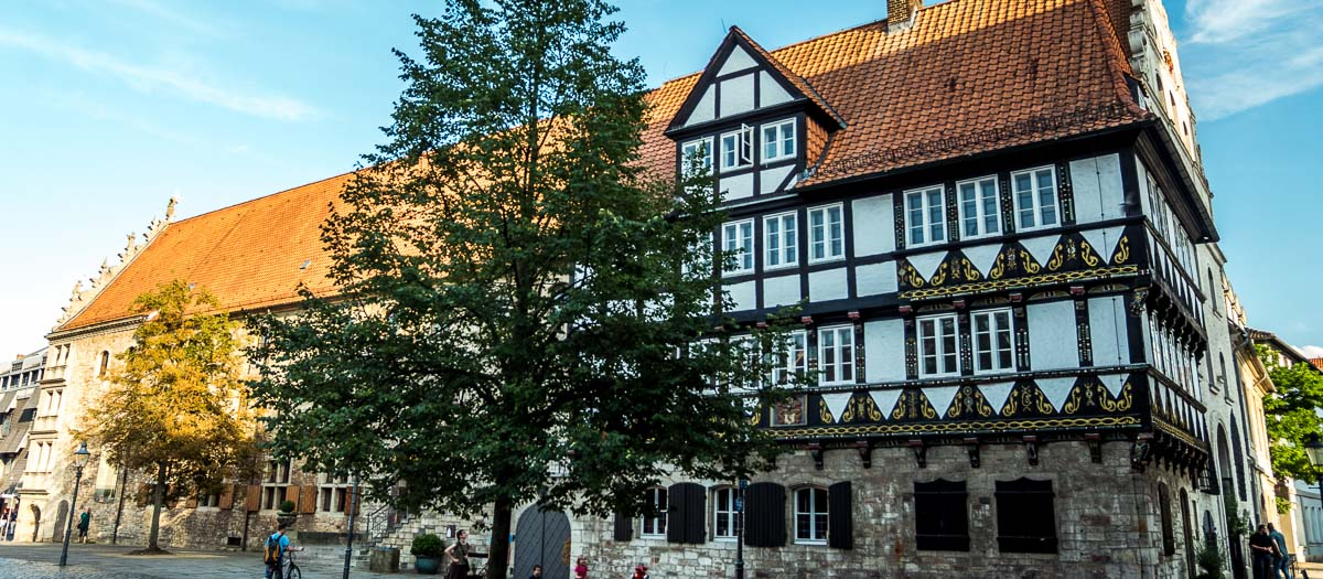 Brunszwik wciąga z ogromną łatwością. 12 mocnych punktów miasta Henryka Lwa
