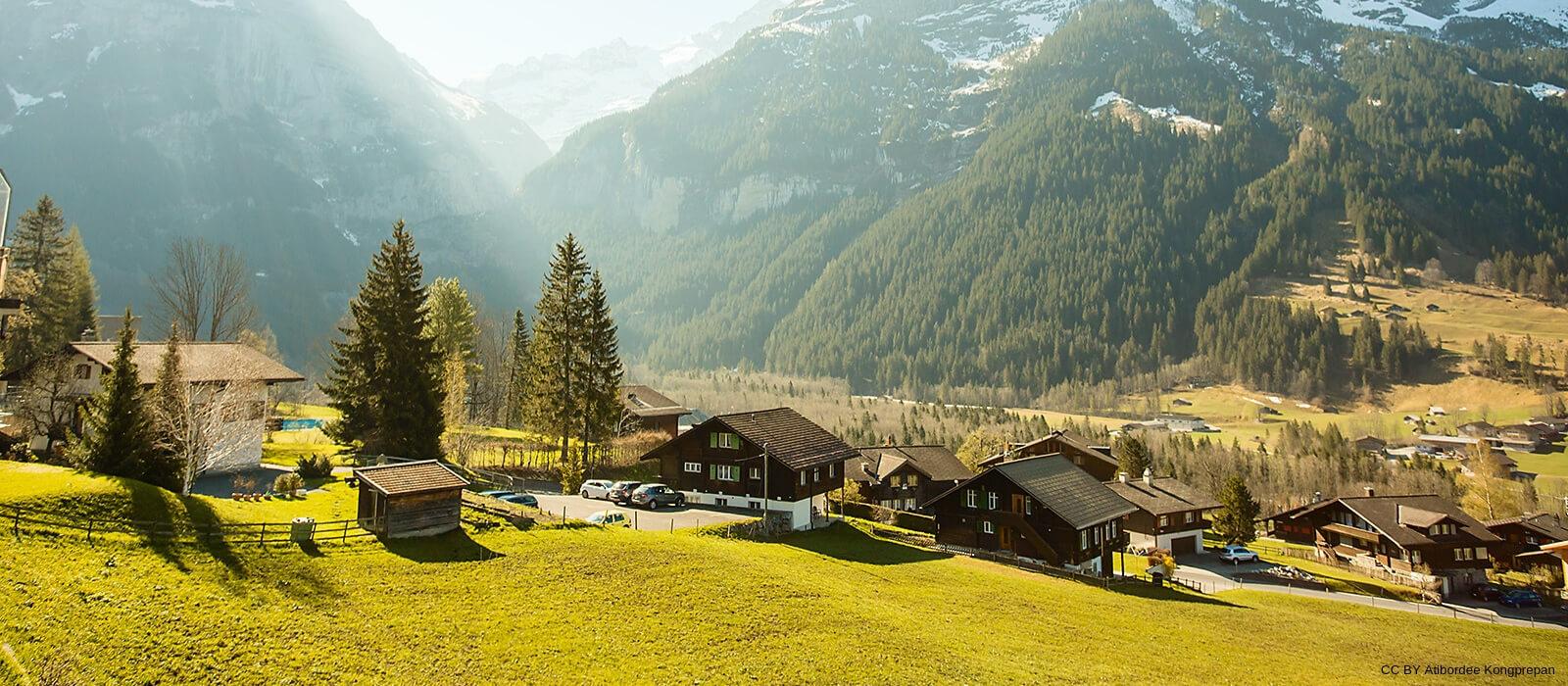 Jak tanio podróżować po Szwajcarii?