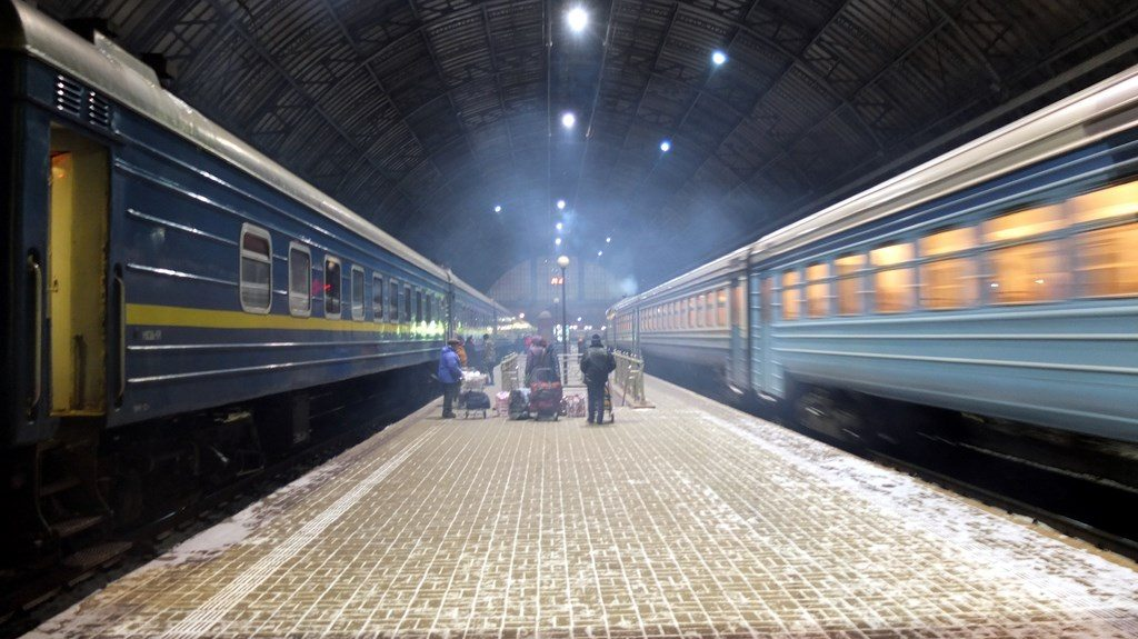 Jak tanio podróżować po Ukrainie?