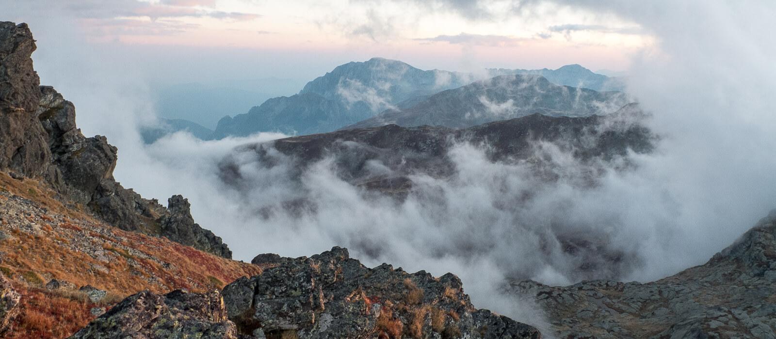 Z takich gór nie chce się wyjeżdżać, nawet jeśli są przeklęte. Wejście na najwyższy szczyt Kosowa