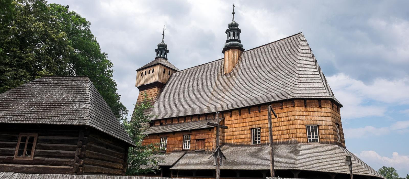 10 ciekawostek o największym gotyckim drewnianym kościele w Europie