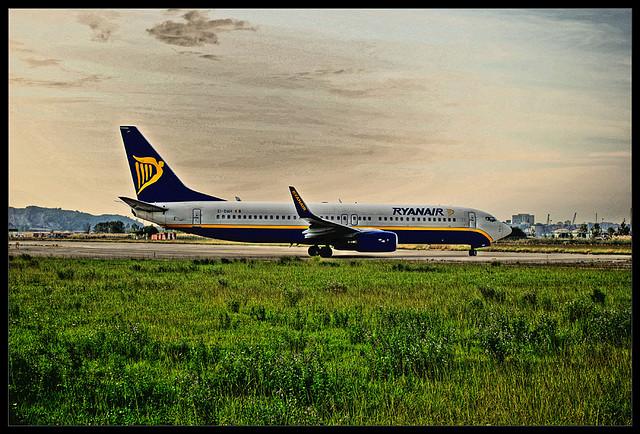 Kiedy najlepiej rezerwować bilety w Ryanair, Wizzair?