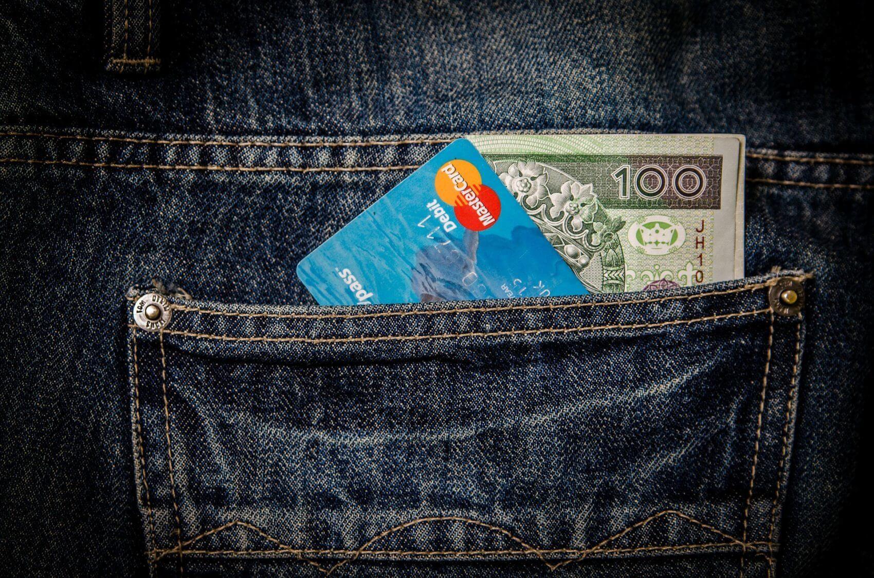Skradziony portfel w podróży? Darmowe ubezpieczenie