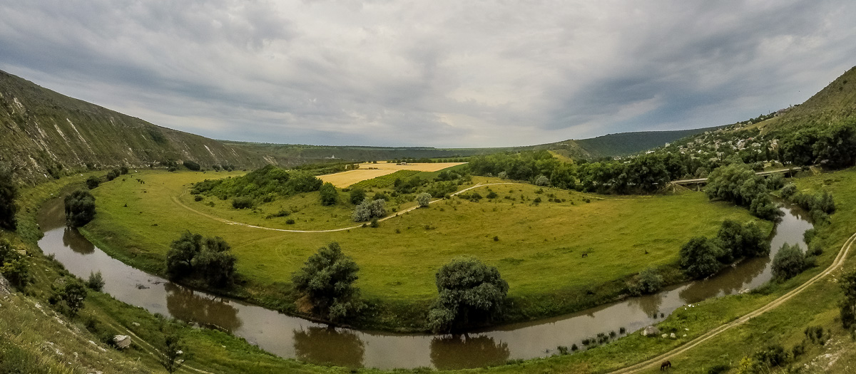 Jak podróżować po Mołdawii? Ceny, transport, noclegi i przestrogi