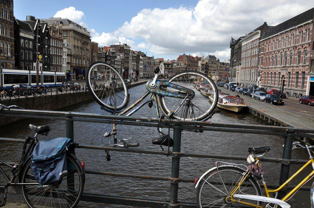 Jazda na damce. Rowerem po Amsterdamie