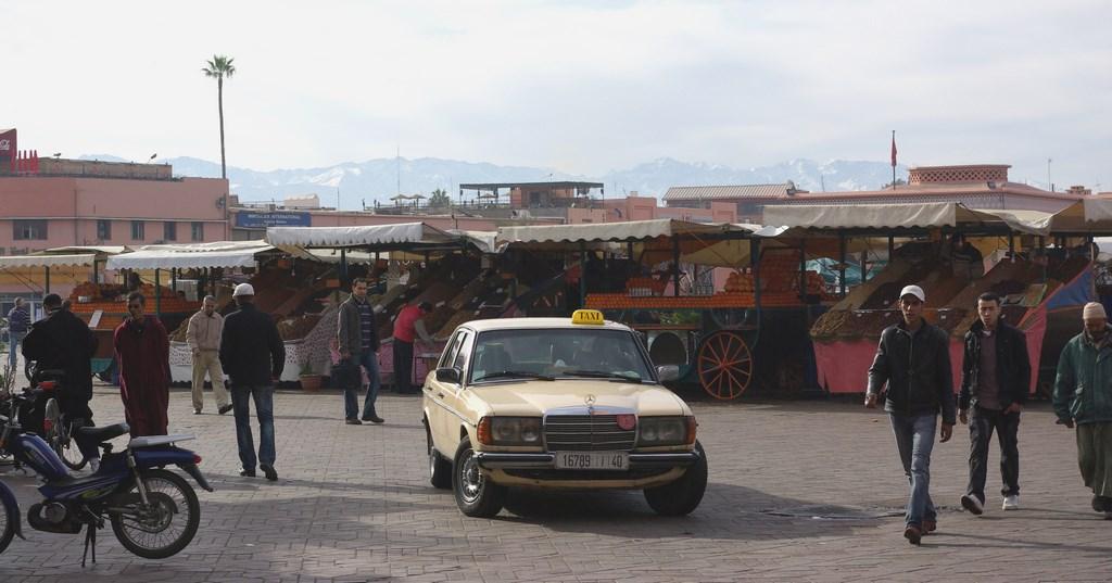 Taksówkarz wodzący na pokuszenie